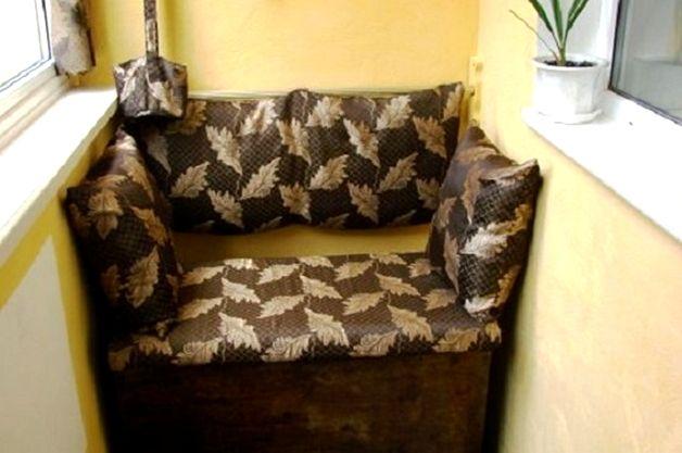 Маленький диванчик хранилище