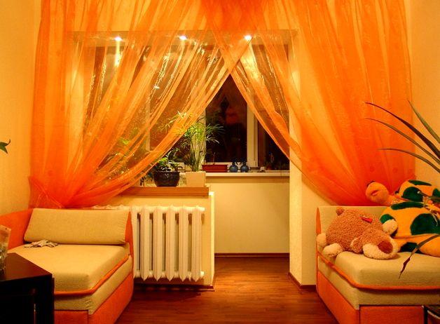 Остекленный балкон с комнатой