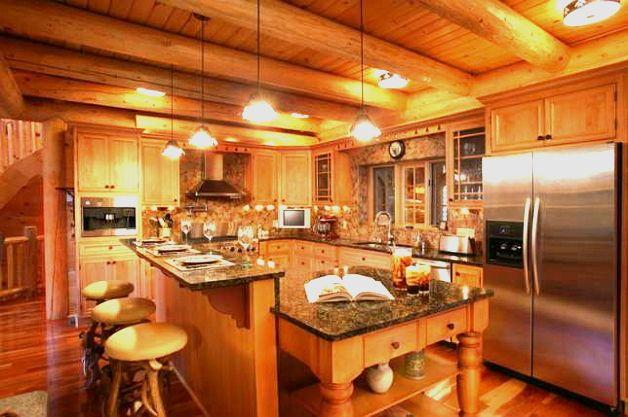 Кухня пристроенная к дому